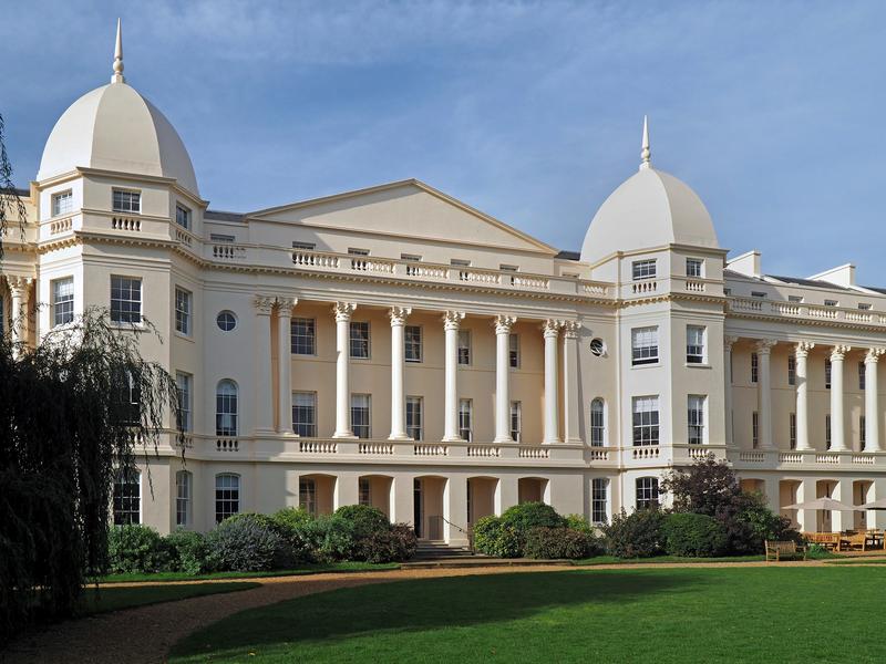 LONDON BUSINESS SCHOOL SLOAN